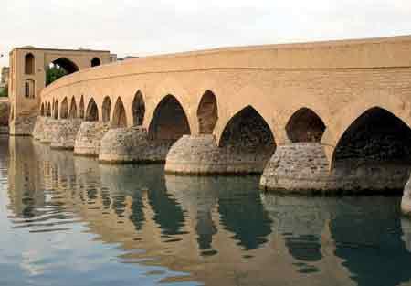 ده پل تاریخی در گوشه و کنار ایران